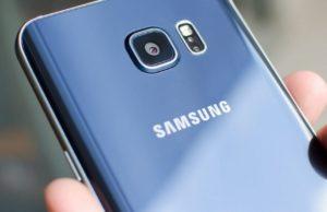 Immagini live del Samsung Galaxy S7 ne mostrano la camera anteriore ed il display