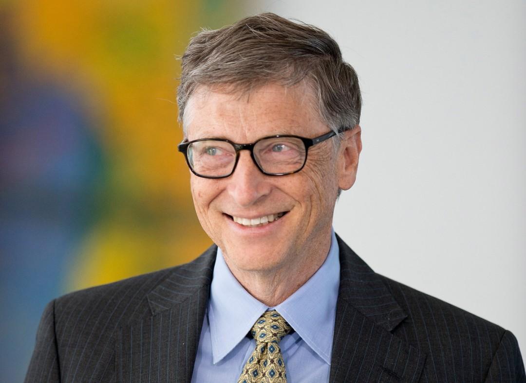 Bill Gates appoggia FBI: l'intervista di Bloomberg