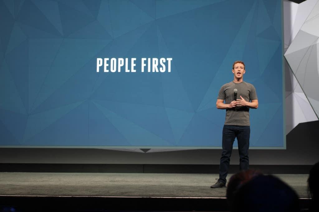 Facebook premia un ragazzino di 10 anni con 10000 dollari, per avere trovato un bug su instagram