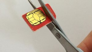 Come tagliare la SIM in Micro Sim o Nano Sim