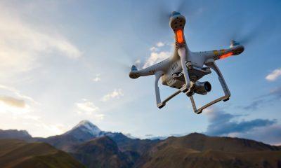 drone con fotocamera