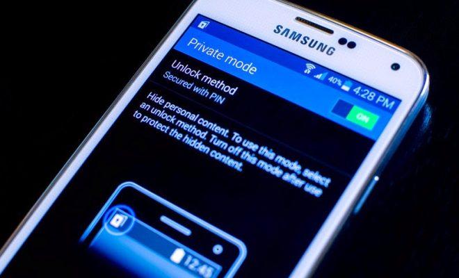 Come nascondere foto e video su Android o iOS