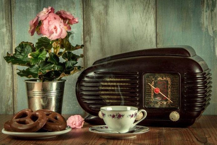 Delicast radio